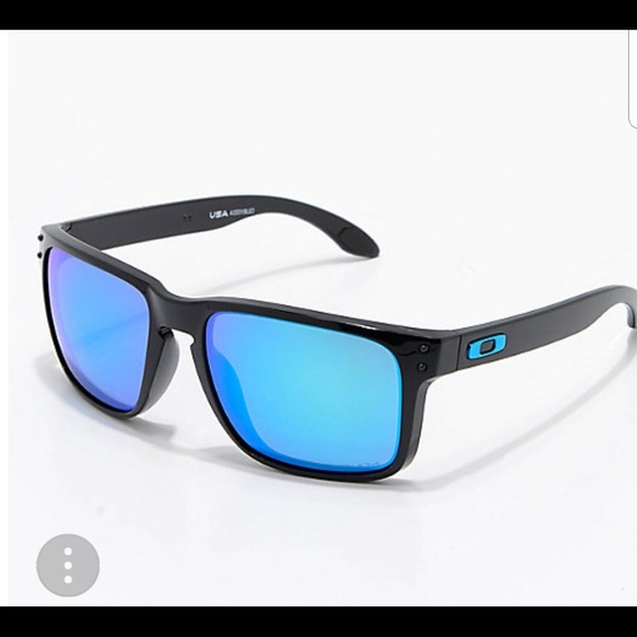 1e6c92a2fd122 Oakley Accessories   Sunglasses   Poshmark